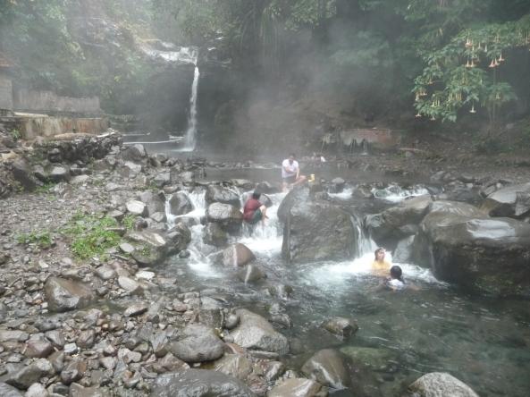 Sources d'eau chaude de Tegal