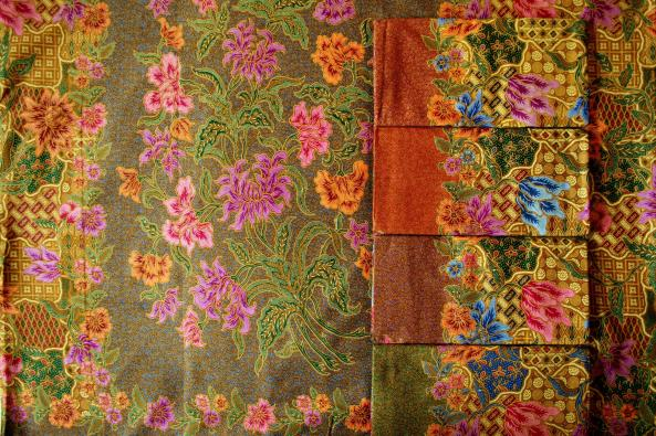 Tissu batik traditionnel RJ-80194